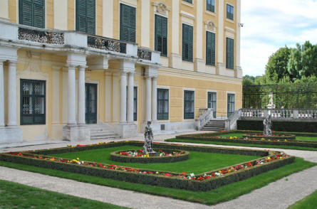One of the many small gardens with sculptures in the park of the Schönbrunn Palacein Vienna.