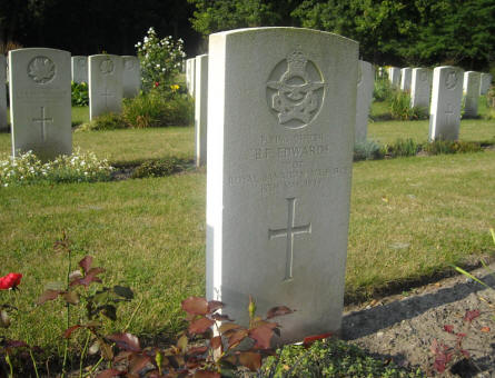 The grave of Flying Office B.F. Edwards (died on the 13th of May 1944) at Adegem Canadian War Cemetery.