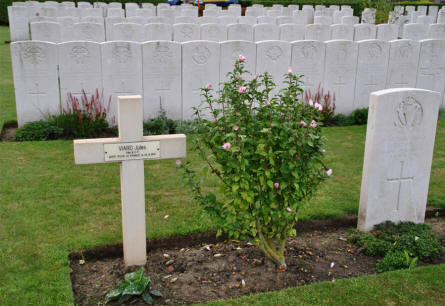 A French grave at the Duhallow ADS (Advanced Dressing Station) Cemetery in Ypres.