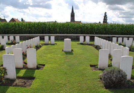 Some of the graves that has been moved from another cemetery to the Zantvoorde British Cemetery in Zonnebeke - Ypres. The original cemetery (Kruiseecke German Cemetery) was destroyed during at later World War I battles.
