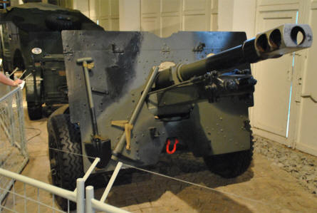 A British World War II anti-tank canon - behind a Morris C8 FAT - displayed at the Military Technical Museum in Lešany.