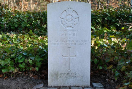 One of the The RAF War Graves at Odense Assistens Cemetery.