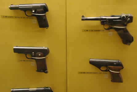 Some of the many pistols displayed at the Aarhus Occupation Museum.