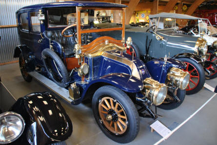 A 1912 Renault 16 CV Type CC displayed at the Jysk Automobile Museum.
