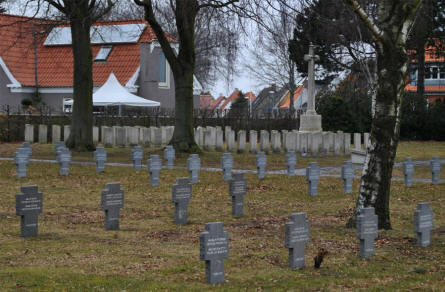 The German and the Commonwealth war graves are just next to each other at the Frederikshavn War Cemetery.