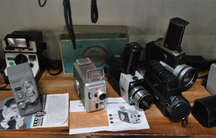 Vintage cameras displayed the the Hjallerup Mechanics Museum.