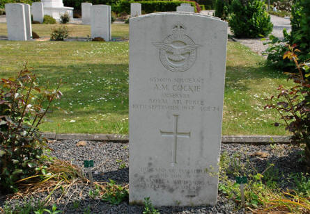 The grave of Sergeant A. M. Cockie (Royal Air Force - killed on the 10th of September 1942) at the Lemvig War Cemetery.