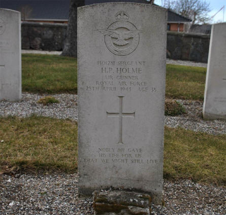 The war grave of Sergeant H. P. Holme - age 35 - can be found at the Svino War Cemetery.