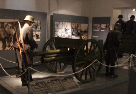 A horse-drawn canon displayed at the in-door exhibition at the Artillery Museum at Hämeenlinna.