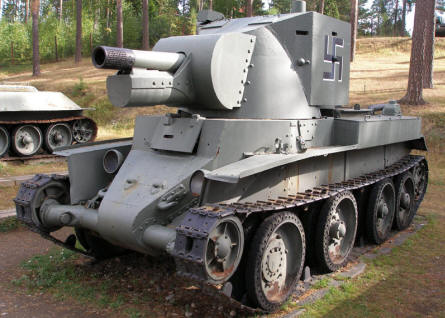 Finnish BT-42 assault gun at the Tank Museum at Parola.