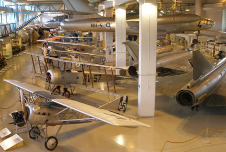 A view into the central hall at the Aviation Museum of Central Finland.