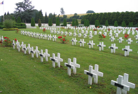 A view over a part of the Rougemont French War Cemetery.