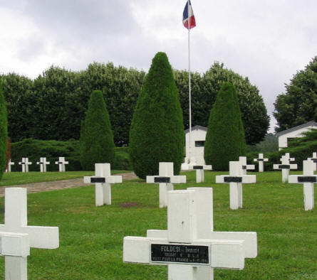 A view at a part of the Rougemont French War Cemetery.