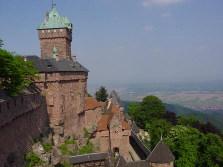 The Castle Haut-Koenigsbourg is located high on a mountain top.