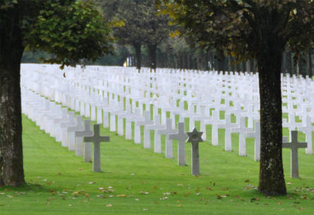 Some of the many American World War I graves at the Meuse-Argonne American Cemetery. With one of the Jewish graves in the front row.