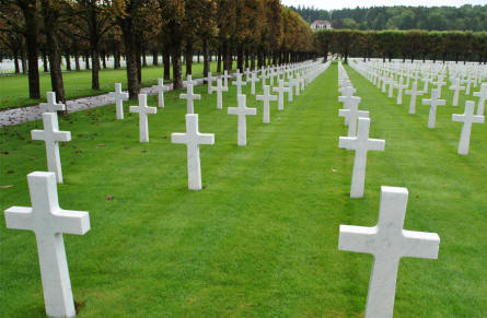Some of the many American World War I graves at the Meuse-Argonne American Cemetery.