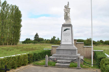 Near the air force base at Rouvres-en-Woëvre (north east of Verdun) this combined World War I and World War II memorial can be found.