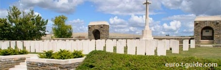 Bray Vale British Cemetery - Bray-sur-Somme - Albert - France - World War I & II - Memorial - European Tourist Guide - euro-t-guide.com