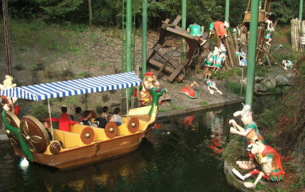 "Take a boat trip among in the ""World of Asterix"" at the Parc Asterix near Paris. Here you sail pass the Romans that want to the the village where Asterix lives."
