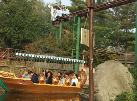 "Take a boat trip among in the ""World of Asterix"" at the Parc Asterix near Paris - or see everything from above."