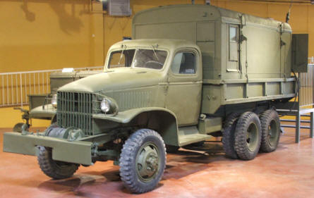 An American World War II GMC truck at the Bayeux D-day museum.