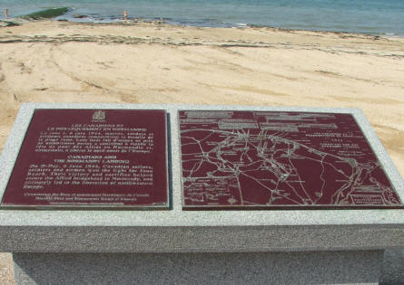 A simple map telling a small local part of the history of the D-day landing - right at the beach where the history took place.