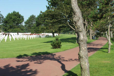 The historic peace and calm at the Normandy American Cemetery at Colleville-sur-Mer has to be experienced - pictures or words are not able to give the full impression.
