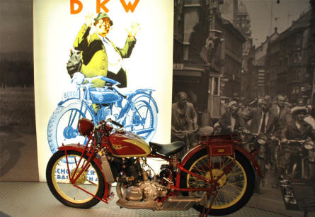 "A 1929 DKW Super Sport motorcycle displayed at the Automobile Museum ""August Horch"" in Zwickau."