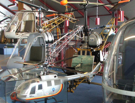 Small helicopters and helicopter models at the Helicopter Museum at Bückeburg.
