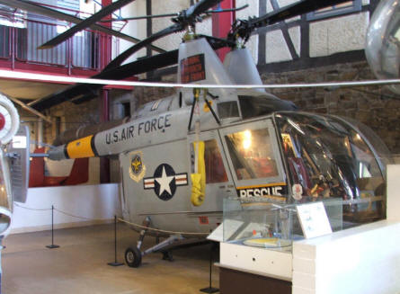 An American Kaman Husky II (HH-43-B-F) rescue helicopter at the Helicopter Museum at Bückeburg.