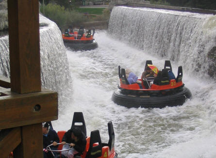 """Mountain rafting"" at Heide-Park - one of the water attractions."