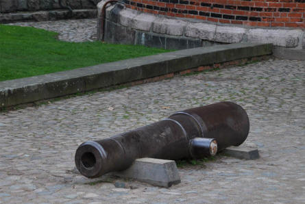 One of the vintage canons outside the Holstentor in Lübeck.