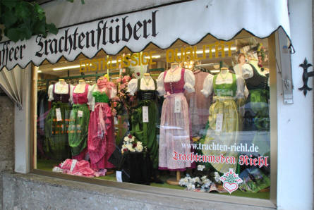 At the village of Königssee there are a lot of German souvenir shops selling traditional German folk dresses.