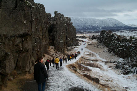 At the Thingvellir National Park it is easy to see the difference in height between the European and North American part of the Mid-Atlantic Ridge