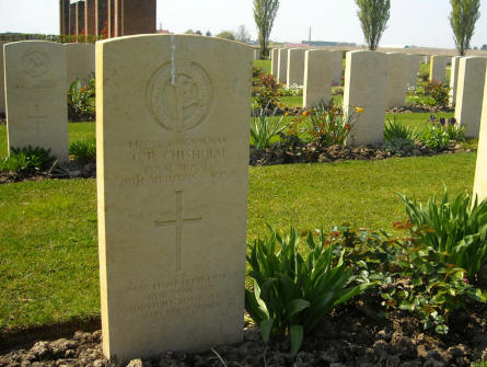 The grave of Signalman G. R. Chisholm at the Argenta Gap War Cemetery.