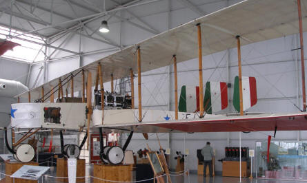 A World War I Caproni C.3 bomber at the Italian Air Force Museum in Bracciano (Rome)