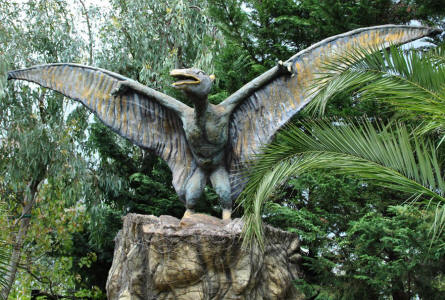 A full-size flying dinosaur displayed at the Dinosaur Park - Castellana Grotte.
