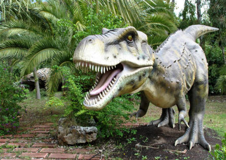 One of the very impressive full-size dinosaurs displayed at the Dinosaur Park - Castellana Grotte.