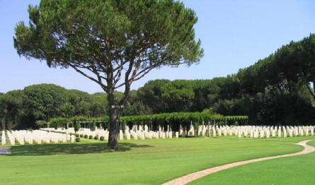 Anzio Beach Head War Cemetery is a very quiet and well-kept cemetery - 5 kilometres north of Anzio town.