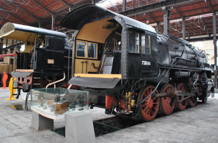 One of the many beautifully restored vintage steam locomotives displayed at the Pietrarsa National Railway Museum in Napoli.