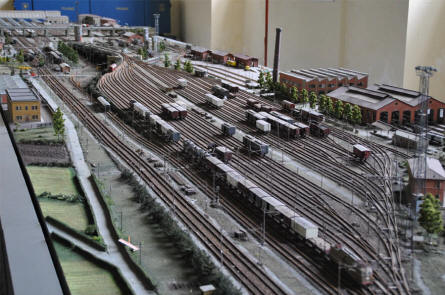 A section of the large model railway displayed at the Pietrarsa National Railway Museum in Napoli.