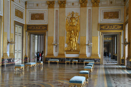One of the many huge halls at the Royal Palace of Caserta.